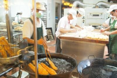 再び阜杭豆漿店へ・土日はかなり待ちます