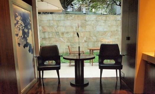 台北商旅慶城館(Les Suites Ching Cheng/レ・スイーツ台北チンチェン ) は大人の雰囲気、シックで落ち着いている