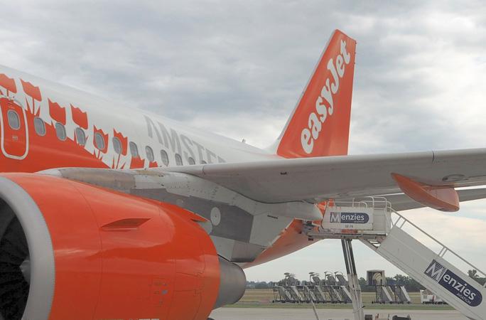 ヨーロッパのLCC easyJet イージージェット搭乗記 ブダペストからパリへ